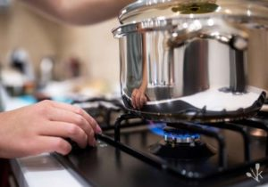 Best Cookware For Gas Stoves To Buy In 2021