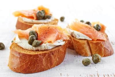 Capers with smoked salmon