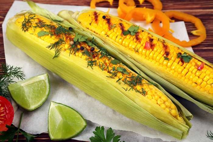 Corn On The Cob With Lime And Spices