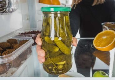 Shelf Life Of Pickles: Do Pickles Go Bad?