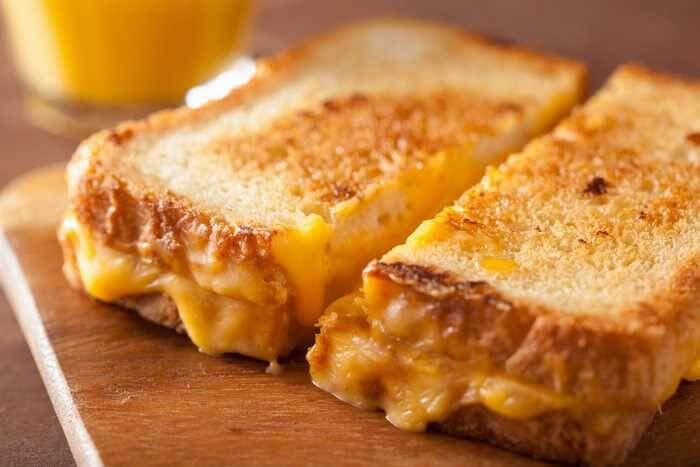 grilled cheese sandwiches using white bread