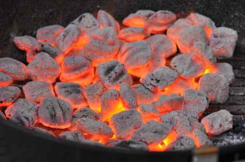 how to know when charcoal is ready